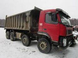 Фото грязного грузовика сразу вызывает у заказчика сомнения в его техническом состоянии.