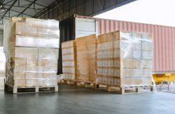 От качества упаковки и фиксации грузов при отгрузке зависит их сохранность в пути.